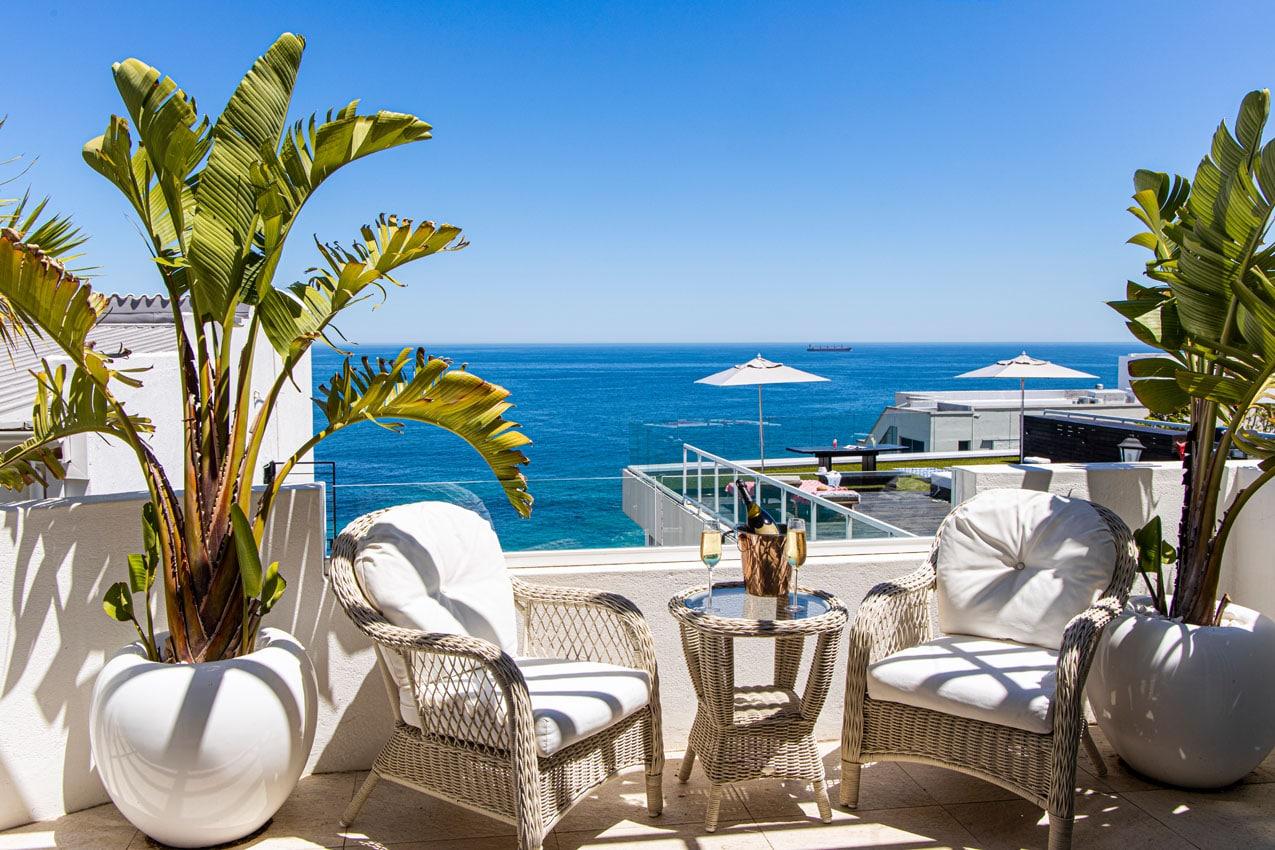 YOLO-Clifton-private-beach-villa_42